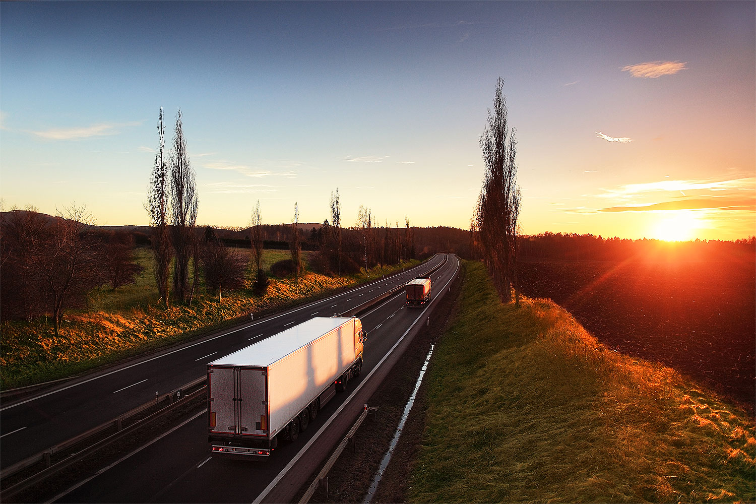 http://oconnorscarrying.com.au/wp-content/uploads/2017/04/freight-2.jpg